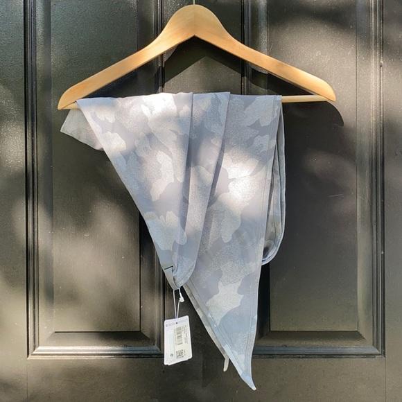 Lululemon All you need scarf